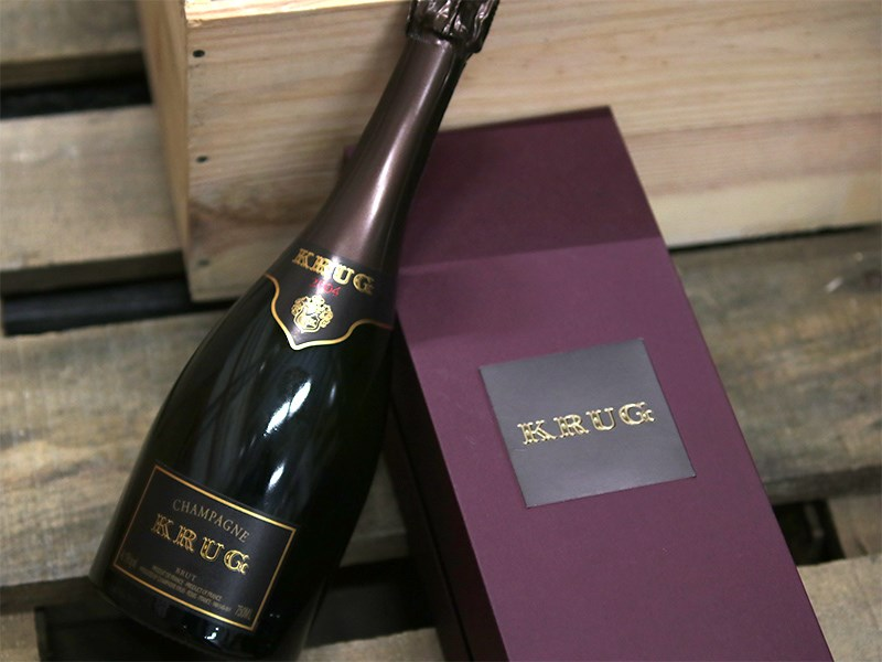 Invest en the world's best champagne